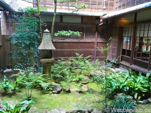 Tipps So Ubernachtest Du Im Ryokan In Japan Wanderweib